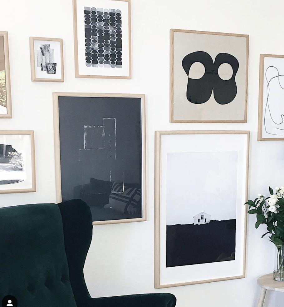 Zwart wit wall houten lijsten