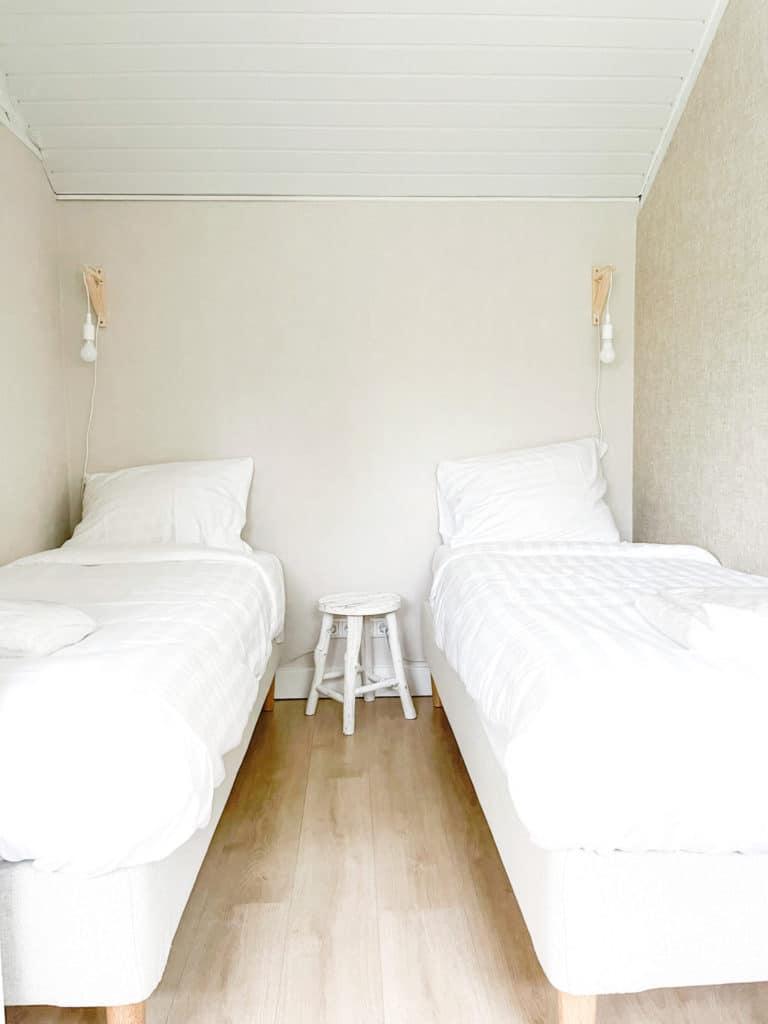 Beige slaapkamer beach house Le Living